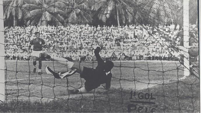CRB x Santos, na Pajuçara (Foto: Arquivo/Museu dos Esportes)