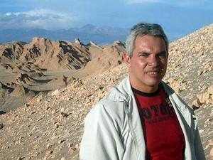 Manuel Tenório manteve contato com a esposa no último sábado, antes do terremoto (Foto: Arquivo pessoal)