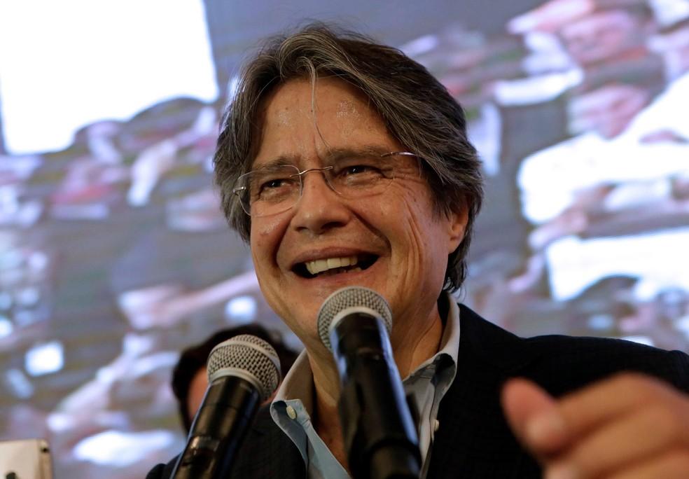 Após a divulgação dos resultados pela CNE, Lasso denunciou 'pretensões de fraude' nas eleições (Foto: Henry Romero/Reuters)