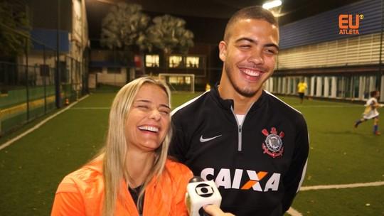 """Milene Domingues e Ronald treinam futebol: """"Aprendi a jogar bola com ela"""""""