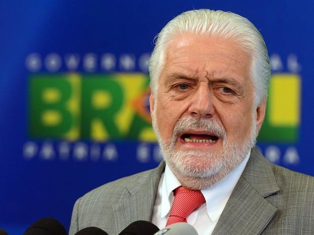 O ministro da Casa Civil da Presidência da Republica, Jaques Wagner, fala em entrevista coletiva no Palácio do Planalto, em Brasília, repercutindo o processo de impeachment da presidente Dilma Rousseff (Foto: Antônio Cruz/Agência Brasil)