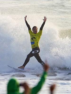 Adriano de Souza Mineirinho surfe Peniche Portugal Supertubos (Foto: ASP)
