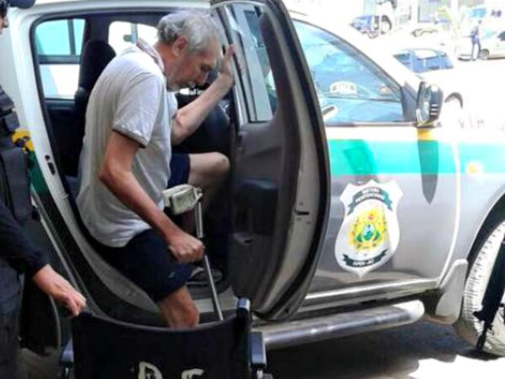 Hildebrando cumpre prisão domiciliar e é monitorado por tornozeleira eletrônica  (Foto: Gleyciano Rodrigues/ Arquivo pessoal)