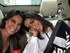 Mayra Cardi posta clique ao lado de Anitta: '30 dias grudada com ela'