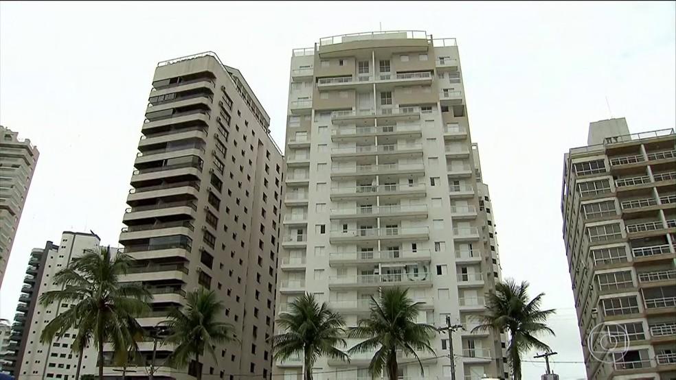 Triplex fica no Guaruja, no litoral paulista (Foto: Reprodução/TV Globo)