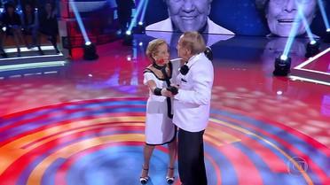 Casados há 65 anos, casal dá show de tango no quadro 'Calourão do Huck'