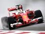 """Sob chuva e com Mercedes """"ausente"""", Vettel lidera 3º treino livre em Xangai"""