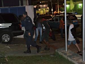 Quatro manifestantes continuam presos em Campo Grande, diz polícia (Foto: Fabiano Arruda/ G1 MS)