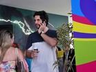 Claudia Leitte recebe famosos em pool party em Salvador