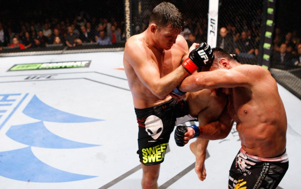 Michael Bisping Cung Le 2 get (Foto: Getty Images)