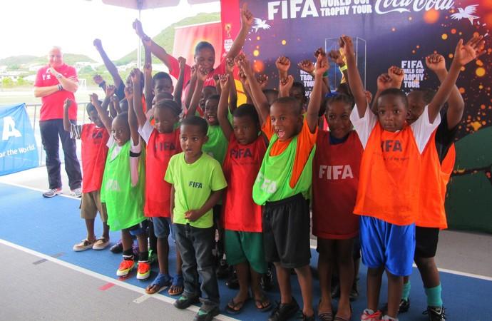 tour da taça São Cristóvão e Nevis copa do mundo (Foto: Diogo Venturelli)
