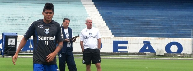 leandro grêmio treino luxemburgo (Foto: Lucas Rizzatti/Globoesporte.com)