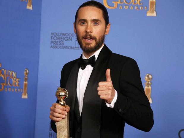 Jared Leto vence o prêmio de melhor ator coadjuvante no 71º Globo de Ouro, que acontece neste domingo (12), em Los Angeles. (Foto: REUTERS/Lucy Nicholson)