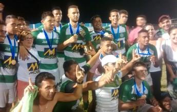 """Técnico do Belo Jardim diz que título da A2 é fruto do """"equilíbrio"""" dos atletas"""