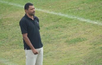 Após pedir demissão do Boca, Rocha conversa com diretoria e decide ficar