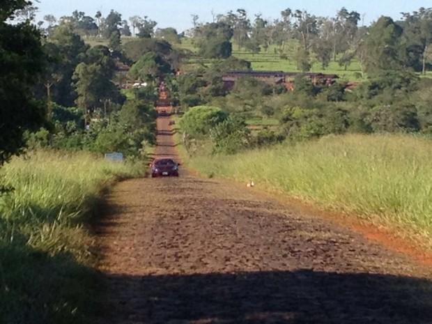 Segundo o MST, Fazenda Santa Maria, em Santa Terezinha de Itaipu (PR), pertence a empresários citados na Operação Lava Jato (Foto: Caio Vasques / RPC)