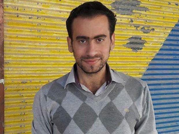 'Vivemos com 200 g de arroz por dia', diz morador de cidade síria sitiada.