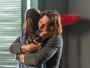 Chiara reaparece, e, descontrolada, Diana ataca Júlia