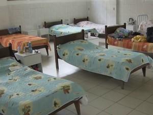 Creche fundada por Madre Terteza atende 12 idosos em Salvador (Foto: Reprodução/TV Bahia)