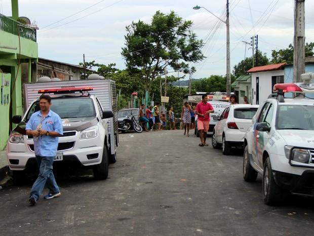 Área de floresta fica no fim da Rua Talismã, Zona Leste de Manaus (Foto: Rickardo Marques/G1 AM)