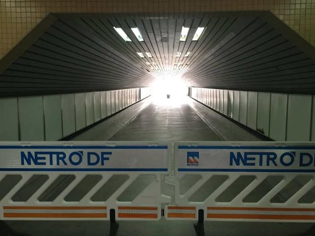Trecho da estação do Metrô na Praça do Relógio, em Taguatinga (DF) (Foto: Alexandre Bastos/G1)