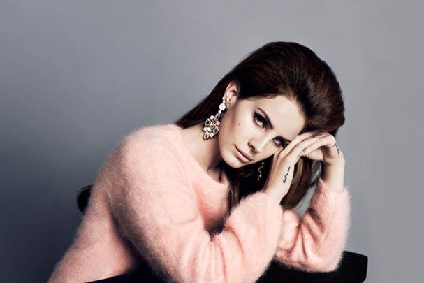 Lana Del Rey &#233; o novo rosto da cole&#231;&#227;o outono-inverno da H&amp;M (Foto: Divulga&#231;&#227;o)