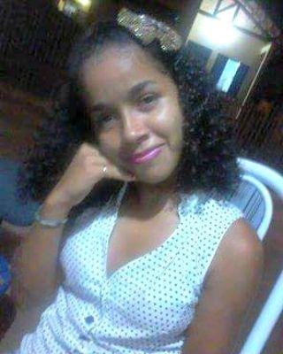 Janayra está desaparecida desde terça-feira (1) em Rio Branco  (Foto: Arquivo pessoal )