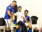 'Jogo da Amizade' reúne famosos no Estádio do Engenhão, no Rio
