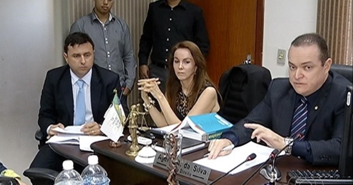 Justiça dá cinco dias para o Estado retomar tratamento de ... - Globo.com