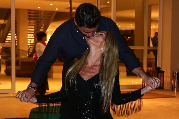 Adriane Galisteu e Alexandre Iódice (Foto: Manuela Scarpa/Photo Rio News)