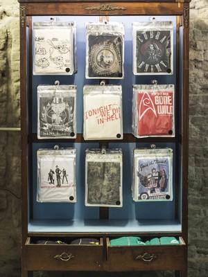 Algumas das camisetas vendidas no Studio Geek (Foto: Divulgação)