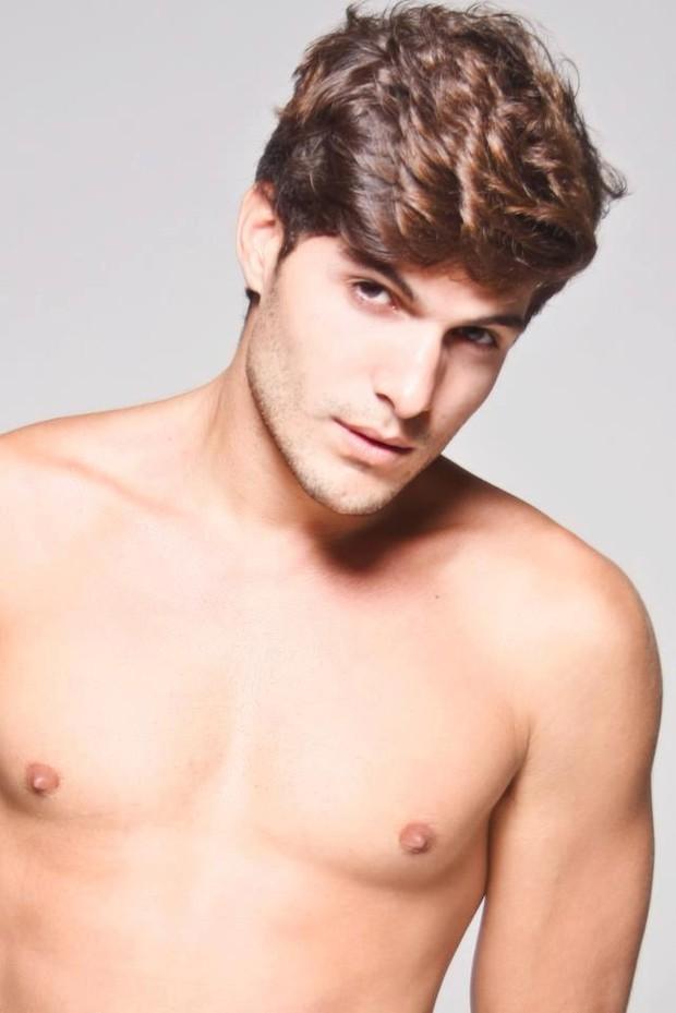 André Martinelli, participante da casa de vidro do 'Big Brother Brasil 2013' (Foto: Reprodução / Facebook)