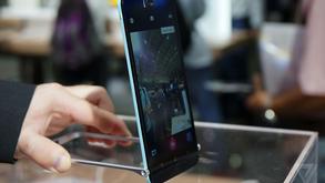 'Balanço de selfie': veja o curioso acessório da Asus para smarts