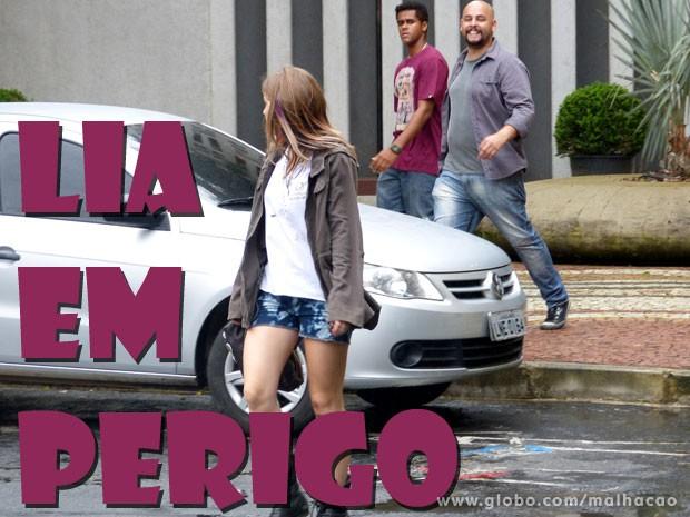 Tadinha da Lia! A gata precisa sair dessa (Foto: Malhação / TV Globo)