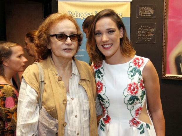 Joana Fomm e Adriana Birolli em estreia de peça na Zona Sul do Rio (Foto: Marcos Ferreira/ Brazil News)