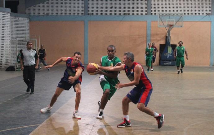 IFPI X SWAG - piauiense de basquete 2015 (Foto: Ramiro Pena)
