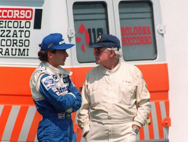 O tricampeão de Fórmula 1 Ayrton Senna e o médico Sid Watkins eram amigos próximos (Foto: Agência Getty Images)