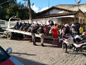 Operação em Lagoa Seca (Foto: Ralisson Andrade / Divulgação)