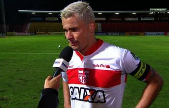 """CRB volta a perder gols, e Olívio avisa: """"A gente precisa ter mais calma"""""""