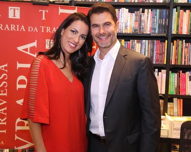 Dr Fernando Gomes Pinto e a mulher, Flavia Gomes (Foto: AgNews)