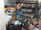 Carro invade e destrói panificadora no Setor Centro Oeste, em Goiânia
