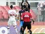 Renan Ribeiro aproveita chance no São Paulo, é aplaudido e exalta Ceni