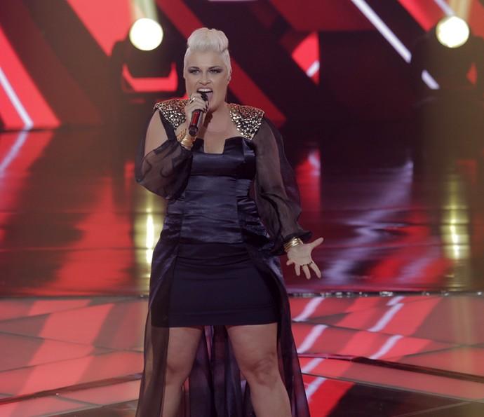 D'Lara cantou 'Smells Like Teens Spirit' (Foto: Artur Meninea/Gshow)