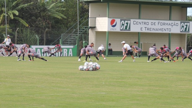 wellington saci treino figueirense (Foto: Paulo Evangelista)