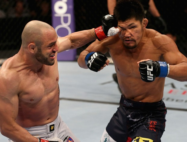 Manny Gamburya Omigawa  mma ufc (Foto: Getty Images)