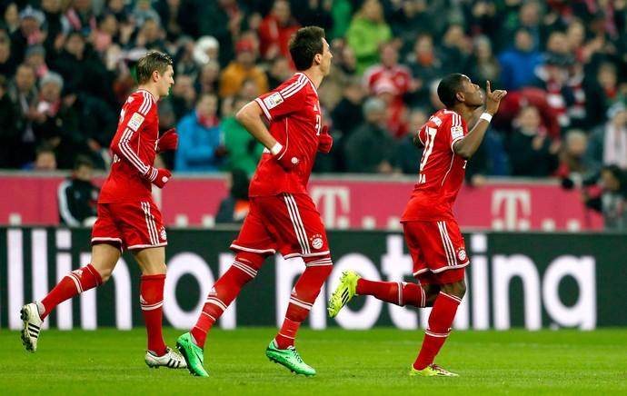 Alaba bayern de munique  gol schalke 04 (Foto: Agência Reuters)