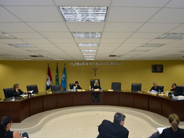 Pleno do TCE analisou o processo em sessão especial nesta quarta-feira (22) (Foto: Ascom/TCE)