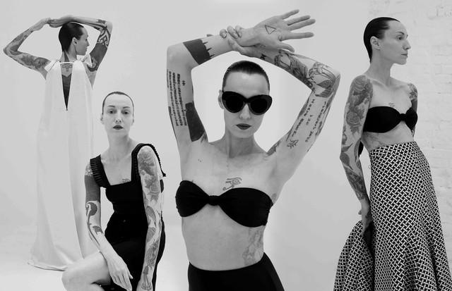 Marina Dias mostra looks à venda na Pair (Foto: Arte Vogue Online)