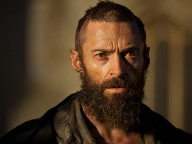 Hugh Jackman vive o personagem Jean Valjean em 'Os miseráveis' (Foto: Divulgação)