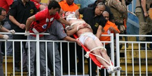 briga de torcida (Foto: JULIA ABDUL-HAK/ELEVEN/ESTADÃO CONTEÚDO)